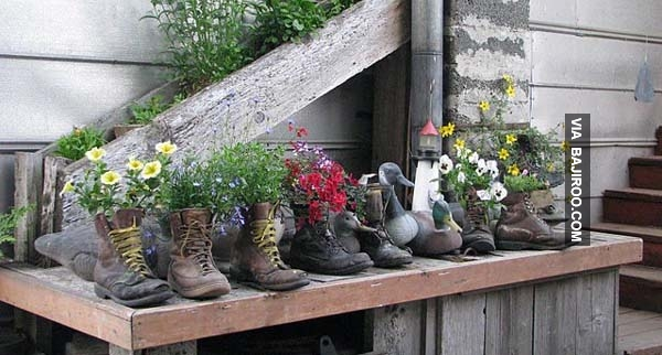 funny-old-used-boot-planters