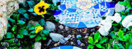 10 Lovely Garden Mosaic Project Ideas