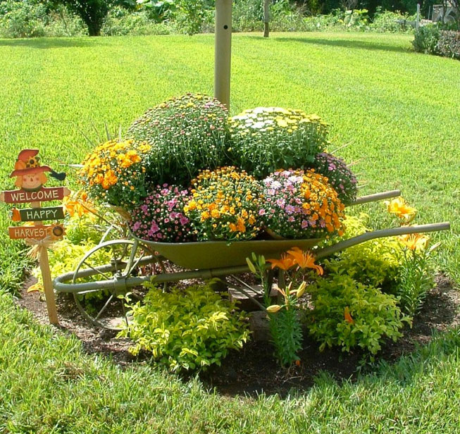 wheel-barrel-planter