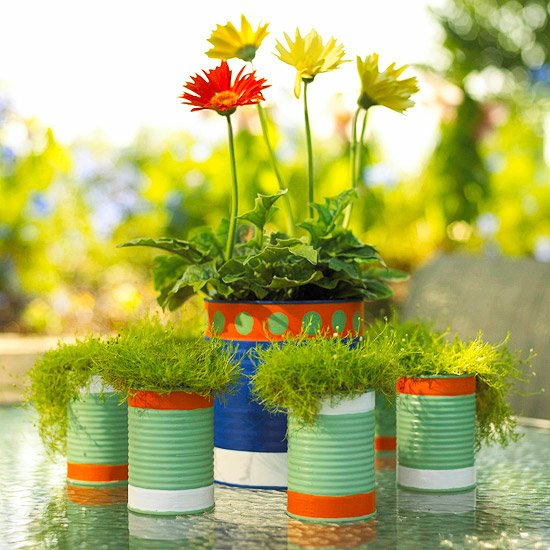 3 tin can planters