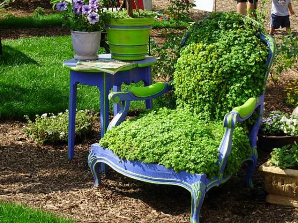 eclecticallyvintage chairplanter