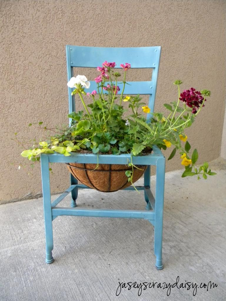jaseyscrazydaisy chairplanter