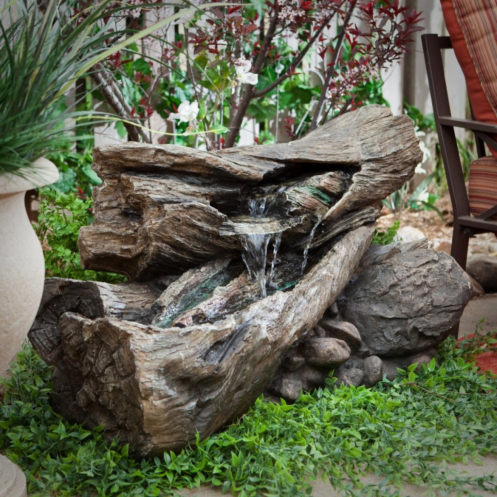 20 Solar Water Fountain Ideas For Your Garden - Garden Lovers Club
