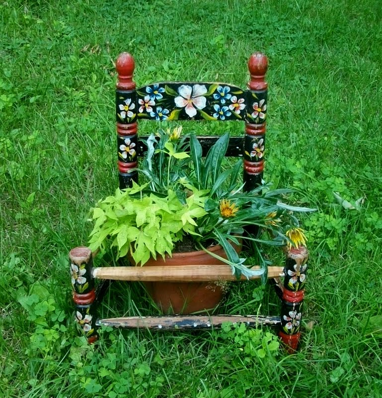 thegardenspotter chairplanter