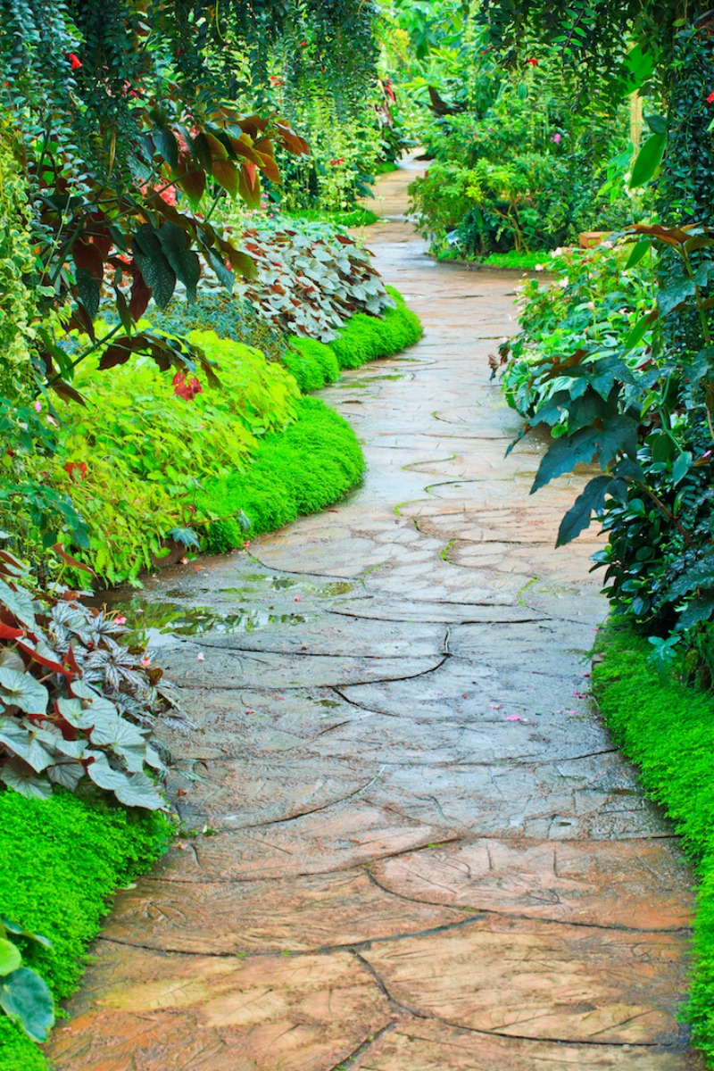 35 Gorgeous Garden Pathway Ideas To Tiptoe On Garden