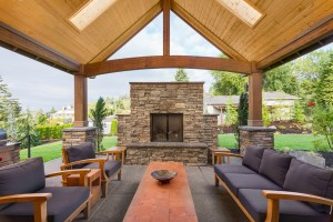 15 Outdoor Stone Fireplace Ideas