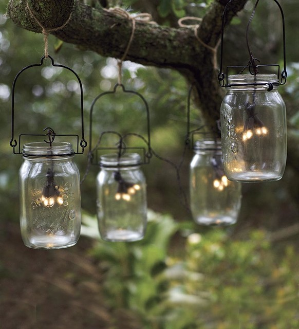 MasonJarLight_SolarString & 10 Ideas for Outdoor Mason Jar Lights to Add a Romantic Glow to Your ...
