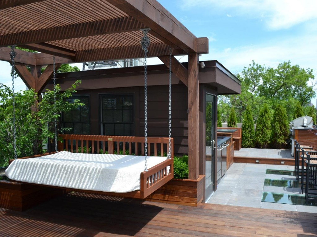 Patio hanging bed