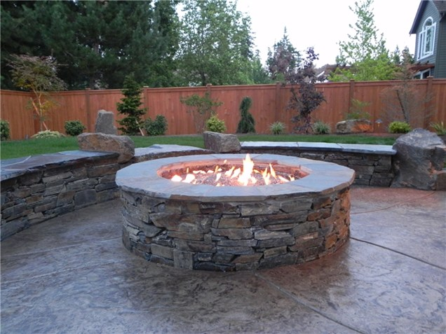 Bon Image Source: All Valley Backyard. This Traditional Fire Pit ...