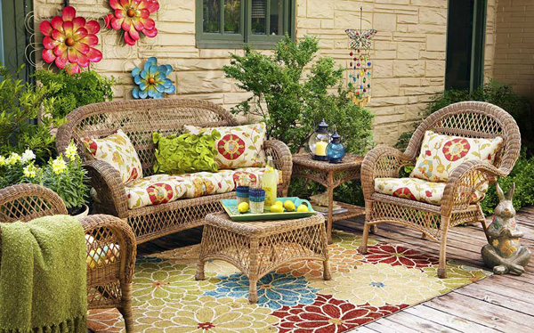 10 Surprising Ideas For Decorating Your Outdoor Space - Garden ...