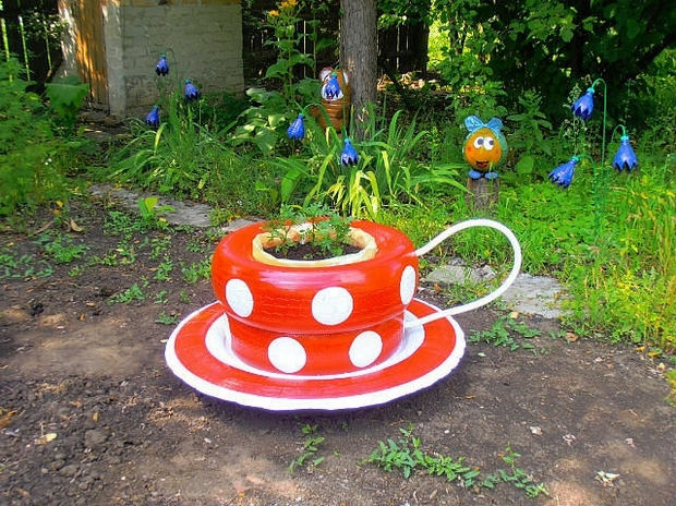 11 Fantastic Ways to Recycle Tires Into Your Garden Decor ...