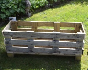 How to Build a Strawberry Pallet Planter