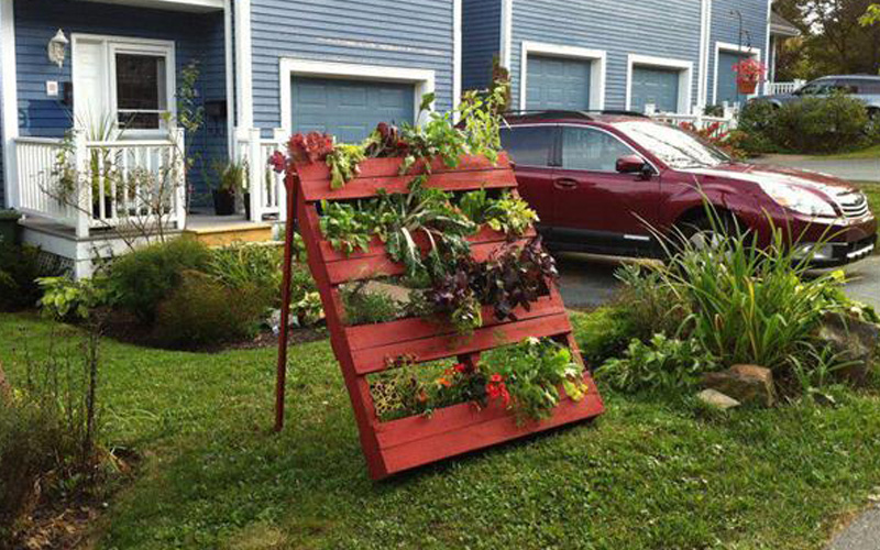 out-of-ordinary-garden-planters-04
