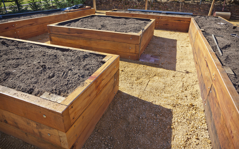 raised-wooden-plant-beds-06
