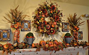 10 Fall Mantel Ideas to Bring a Burst of Outdoor Beauty Inside