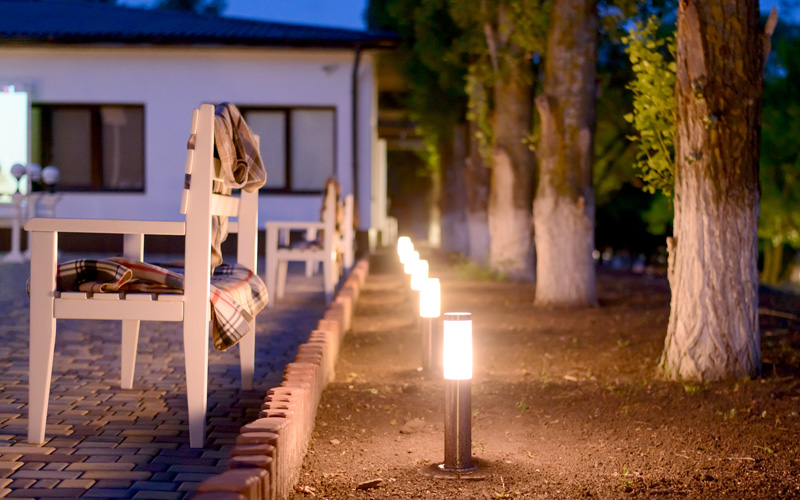 outdoor-path-lighting-03sm