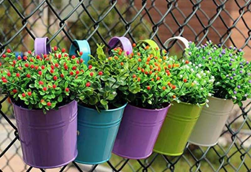 fence-can-planters